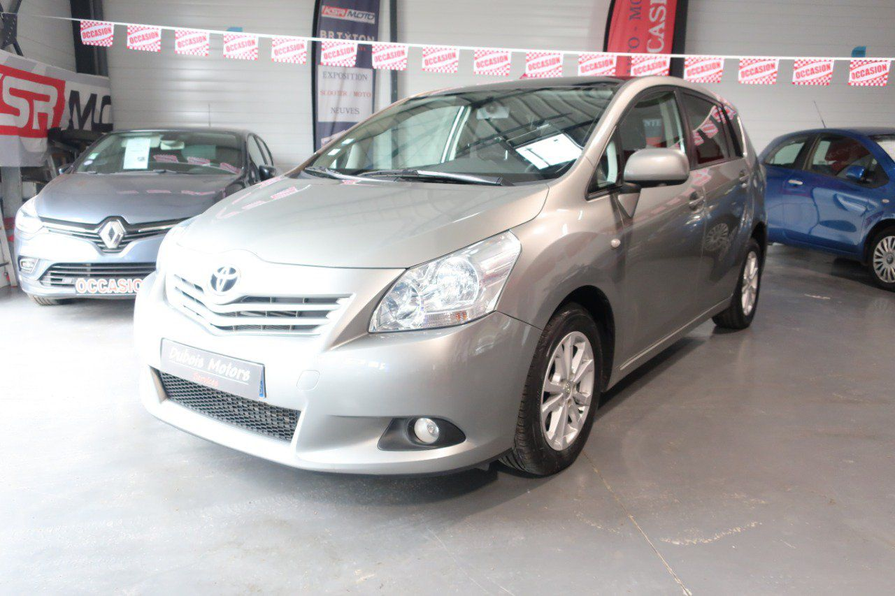 TOYOTA VERSO 126 D4D SkyView Connect